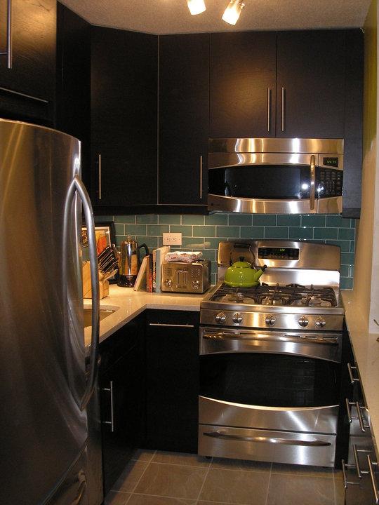 IKEA Kitchen Dark Cabinets, Stainless Steel Appliances ...